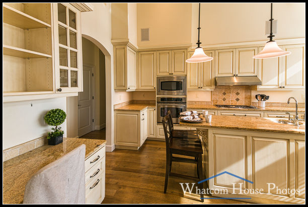 Kitchen, 1242 Brighton Crest, Bellingham, WA. © 2015 Mark Turner