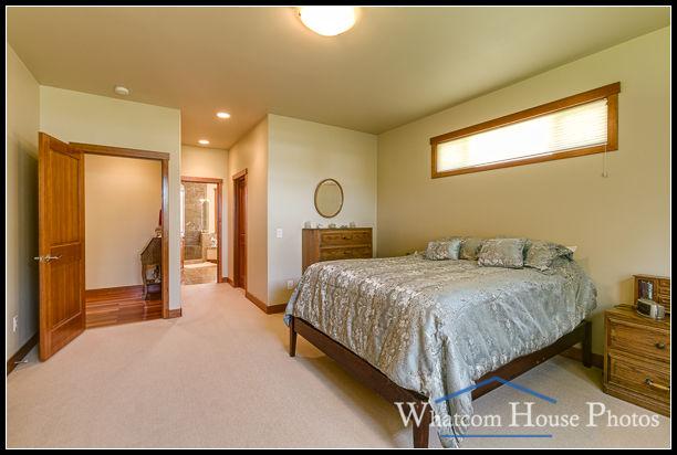 Master bedroom, 1430 Eastwood Way, Lynden, WA. © 2016 Mark Turner