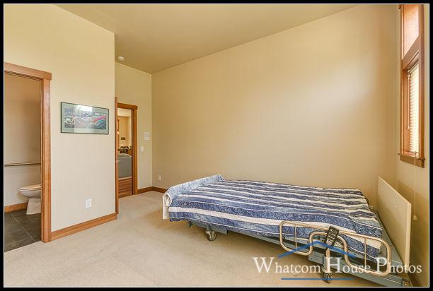 Bedroom, 1430 Eastwood Way, Lynden, WA. © 2016 Mark Turner