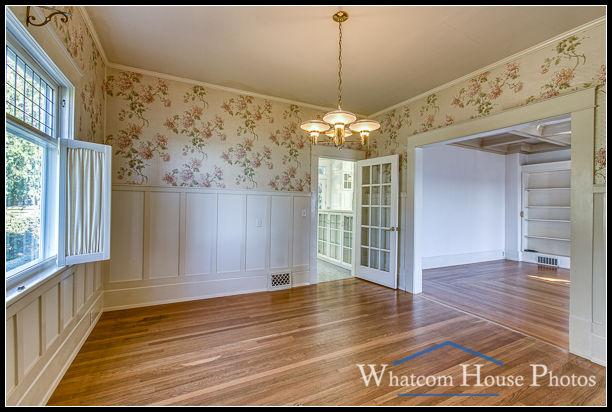Dining room, 715 15th Street, Bellingham, WA. © 2016 Mark Turner