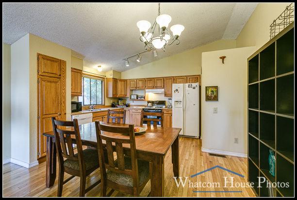Kitchen, 2618 Erie St., Bellingham, WA. © 2016 Mark Turner