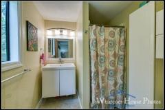 Master bathroom, 2618 Erie St., Bellingham, WA. © 2016 Mark Turner